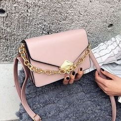 Aishang(アイシャン) - Chained Strap Crossbody Bag