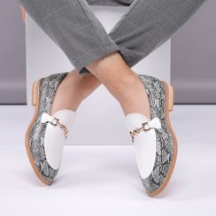 Taragan - Snake Print Block Heel Loafers