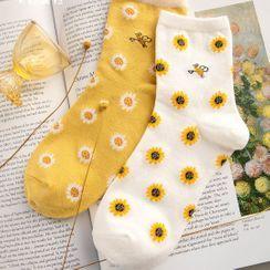 Knit a Bit - Flower Socks