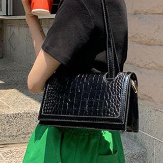 FROMBEGINNING - Croc Grain Shoulder Bag