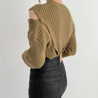 Windcatcher - Long-Sleeve Asymmetric Shoulder Cutout Ribbed Knit Top