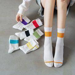Wolfhara - Two-Tone Socks