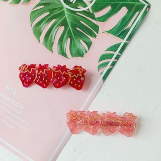 Hello minto - Acrylic Strawberry Hair Clip