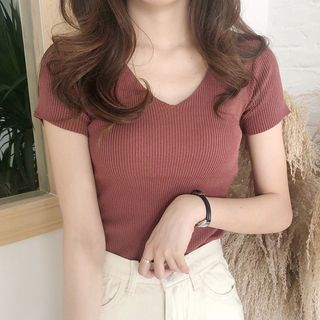Yako - V-Neck Short-Sleeve Knit Top