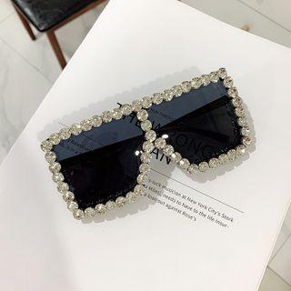iLANURA - Embellished Square Sunglasses