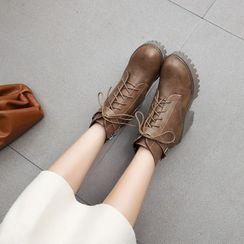 Shoes Galore - Block Heel Platform Lace Up Short Boots