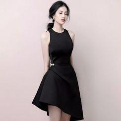 Alberlino - Sleeveless Asymmetric A-Line Dress
