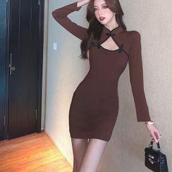 Maine - Long-Sleeve Cutout Mini Qipao Dress