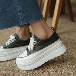 CLICK - Faux-Leather Platform Sneakers