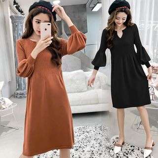 Maple Fair - 泡泡袖小開領A字針織連衣裙