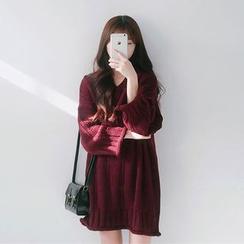 Cattie - Boxy Knit Sweater