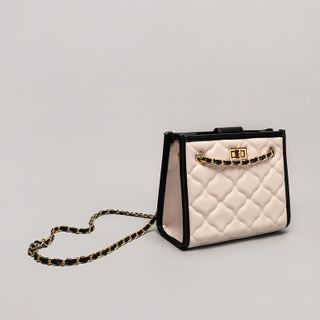 Flitero - Chain Contrast Trim Quilted Crossbody Bag
