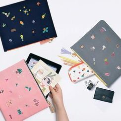 BABOSARANG - Embroidered Padded Pouch