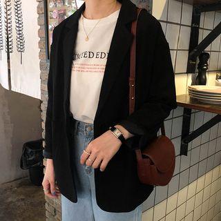 Dute(デュート) - レタリング半袖Tシャツ / ワイドレッグ ジーンズ / プレーンブレザー