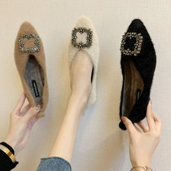 Novice - 毛毛飾扣尖頭平跟鞋