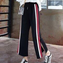 Hanji - Striped Crop Wide Leg Sweatpants