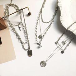 ALBIMO - Metal Pendant Layered Choker Necklace