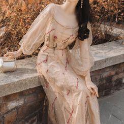 Glaypio - 绣花泡泡袖连衣裙