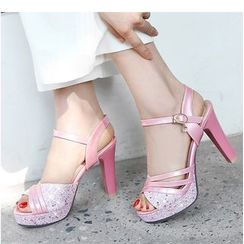 Freesia - 亮面拼接高跟凉鞋