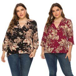 Chelsie Chic - Plus Size Floral Print Blouse