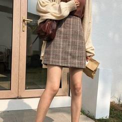 Timp Temp - Plaid High-Waist Mini A-Line Skirt