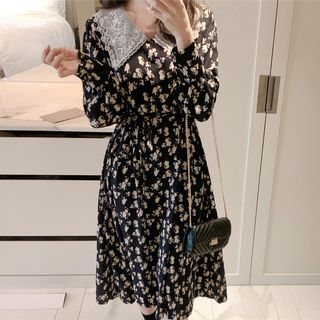 Aumoti - Lace Collared Floral Long-Sleeve Midi A-Line Dress