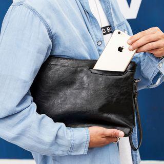 ETONWEAG(エトンウィーグ) - Faux-Leather Clutch Bag