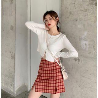 Guromo - Knit Top / Plaid A-Line Skirt