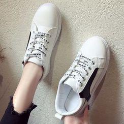 Yuche - 字母系带休閒鞋