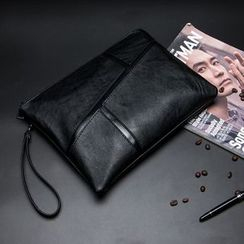 BagBuzz(バッグバズ) - Faux Leather Clutch