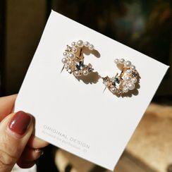 Ginga - Faux-Pearl Stud  Earring / Clip-On Earring