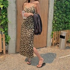 BBChic - Leopard Print Spaghetti Strap Satin Dress