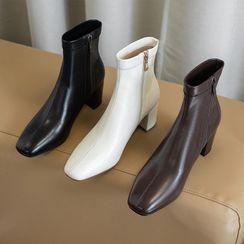 Comof - Block Heel Zip Short Boots