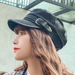 Dreamaway - Faux Leather Newsboy Cap