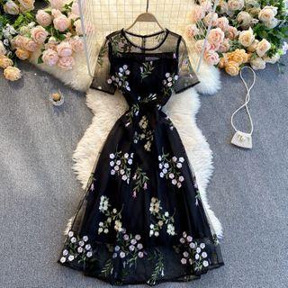 Lucuna - Short-Sleeve Floral Embroidered Mesh Maxi A-Line Dress