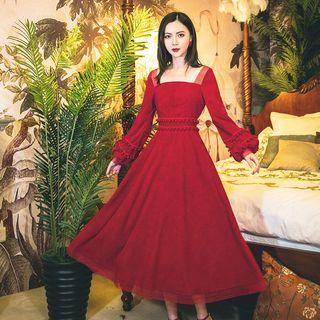 Glaypio - Pom Pom Long-Sleeve A-Line Midi Dress