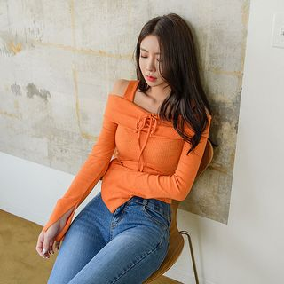 UUZONE - Off-Shoulder Lace-Up Top