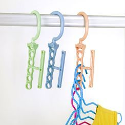 Whirlz - Plastic Hanger Organizer