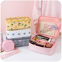 Momoi - Printed Makeup Pouch