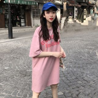 Hevnir - 中袖字母T裇连衣裙