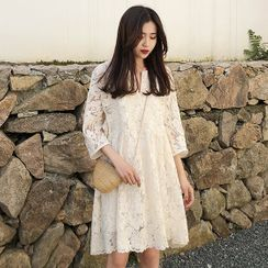 Hiccup(ヒカップ) - Maternity 3/4-Sleeve Lace Shift Dress