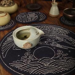 Embroidery Kingdom - 圓形茶席布 / 杯墊DIY刺繡材料包