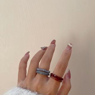 Rouwan - Set of 4: Resin / Faux Crystal Ring (assorted designs)