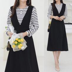 Seoul Fashion - Set: Stripe T-Shirt & A-Line Pinafore Dress