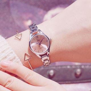InShop Watches - Set: Retro Alloy Bracelet Watch + Triangle Open Bangle