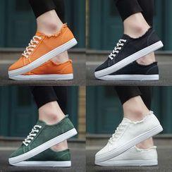 Viffara - 纯色帆布休閒鞋