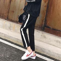Chililala - Striped Sweatpants