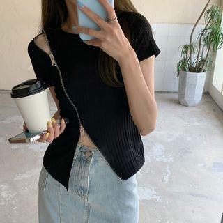 Autuna(オートゥナ) - Short-Sleeve Zip-Accent T-Shirt