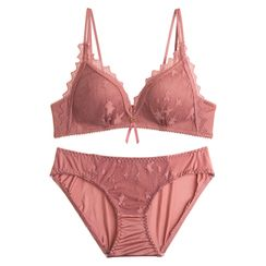 Shaki - Lace Wireless Bra / Panties / Set