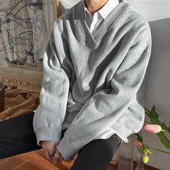 MRCYC - V-Neck Sweatshirt